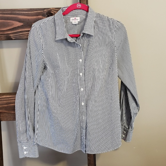 J. Crew Tops - J. Crew haberdashery button down
